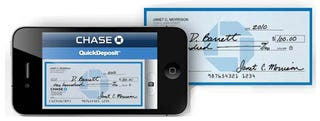Illustration for article titled Today I Deposited a Check With My iPhone