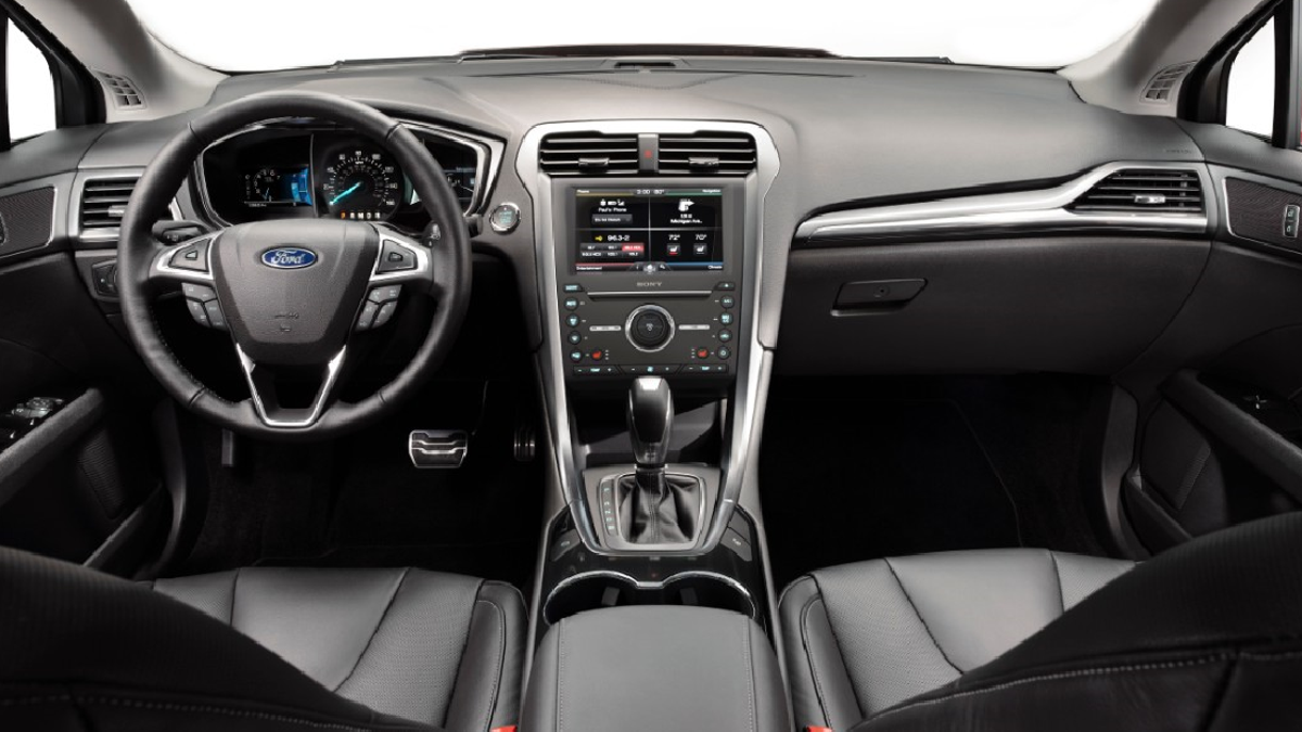 Ford Fusion The Ultimate Buyers Guide 2011 Engine Compartment Diagram