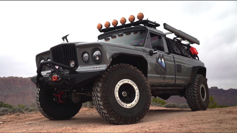 Illustration for article titled Here Are Two Very Different Ways to Build an Ultimate Overland Jeep