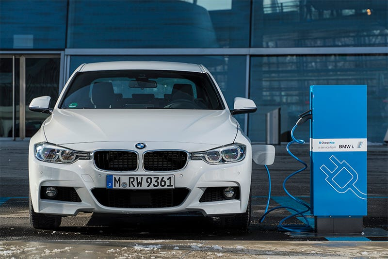 The Bmw 330 Iperformance Gas Electric Hybrid Has Already Been Confirmed Image