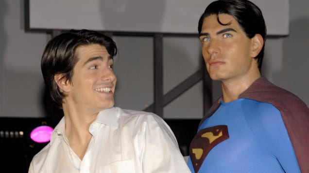 Brandon Routh will be rocking the Kingdom Come Superman suit in the Arrowverse's big Crisis crossover