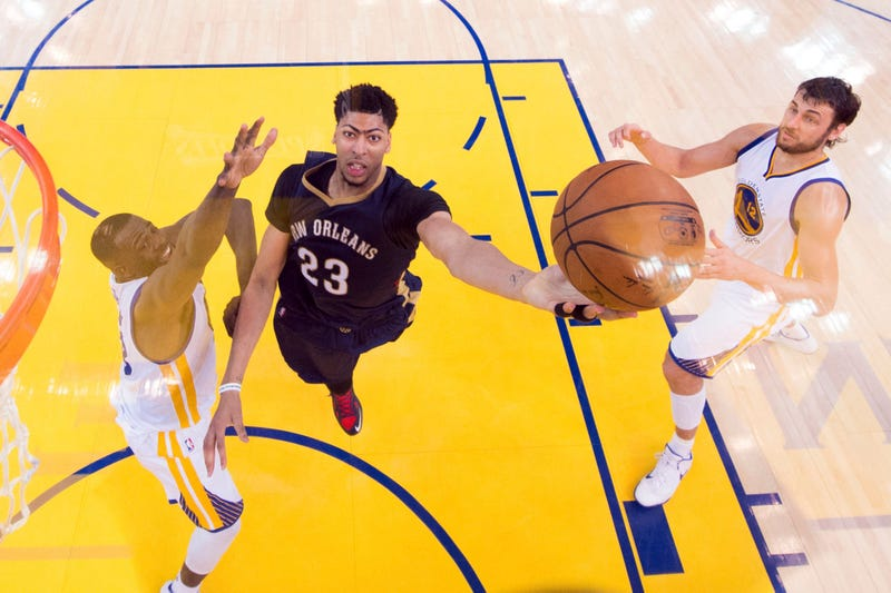 Illustration for article titled Anthony Davis Agrees To NBA's Richest Deal