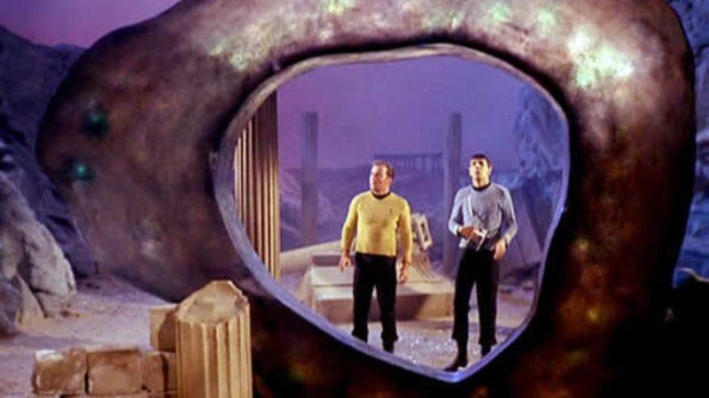 Illustration for article titled Harlan Ellison's legendary Star Trek episode to be released as graphic novel