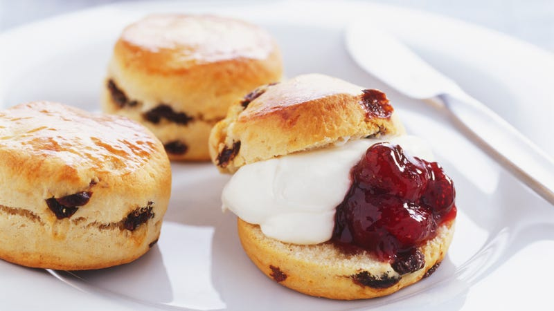 Illustration for article titled Kick out the jam: Brits scandalized by order of scone fillings