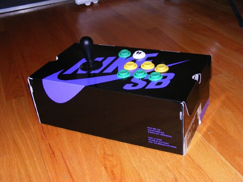 Illustration for article titled Kick Ass with Shoebox Fight Sticks