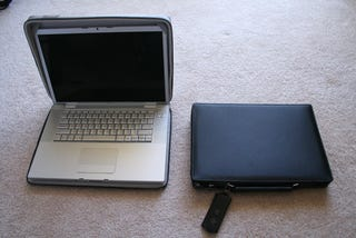 Illustration for article titled Hands-on With Moshi's CODEX MacBook and MacBook Pro Laptop Cases