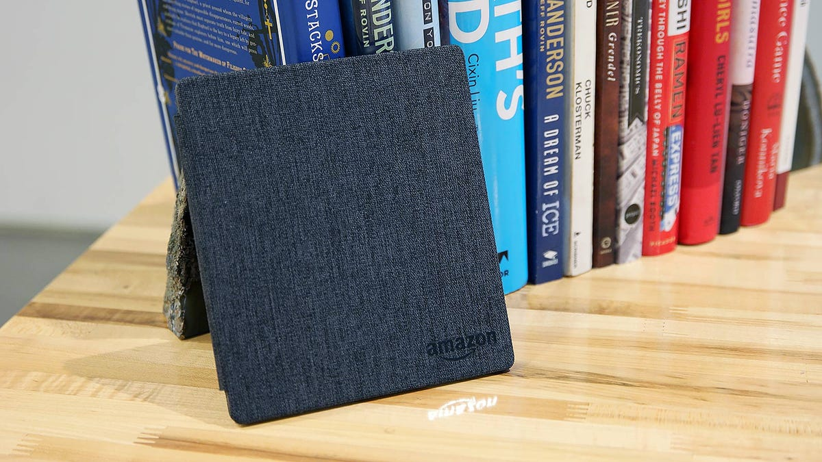 The New Kindle Oasis Is the Best Ereader of All Time, But Is It