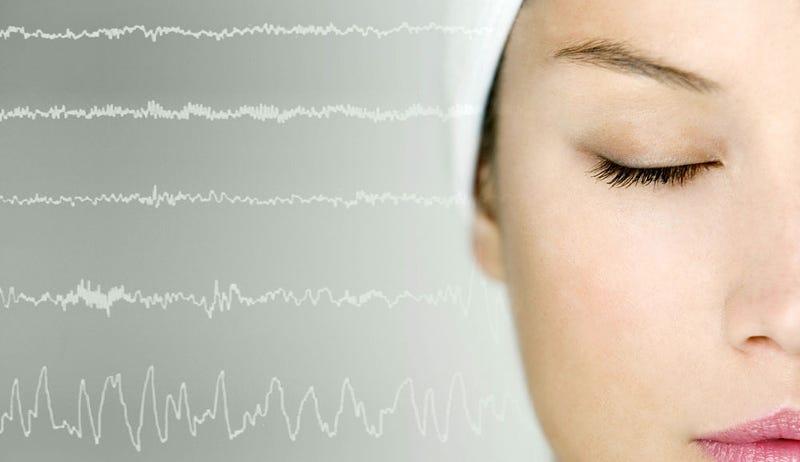 ¿Qué ocurre realmente en tu cerebro cuando duermes?