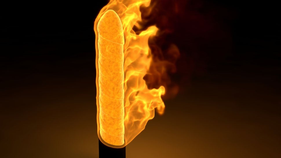 Man Sets House on Fire While Trying to Boil His Dildos Clean - 웹