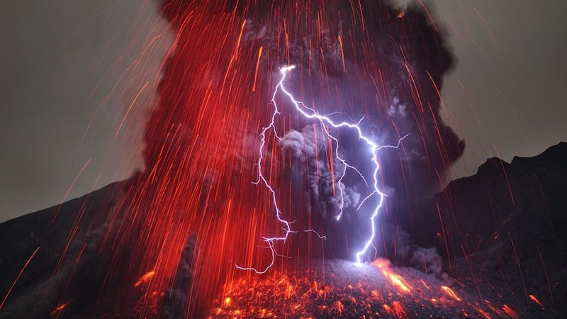 volcanic lightning how does it work