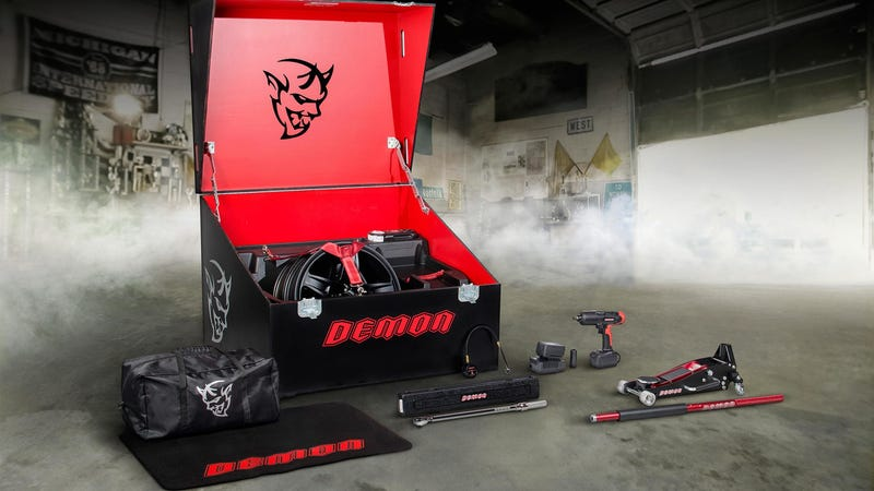 Illustration for article titled There Will Be More Than Just One Tool Bag In Every Dodge Challenger SRT Demon
