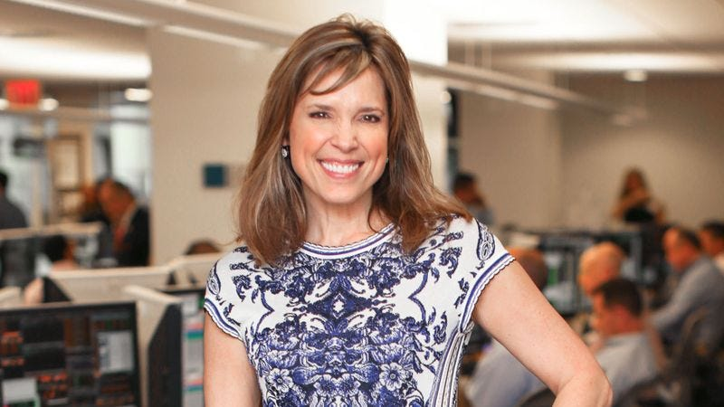Illustration for article titled Hannah Storm On What She's Learned From Interviewing NFL Players: 'They're Idiots'