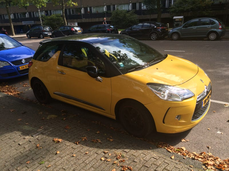 Illustration for article titled This Yellow DS3 is an Automotive Ray of Sunshine