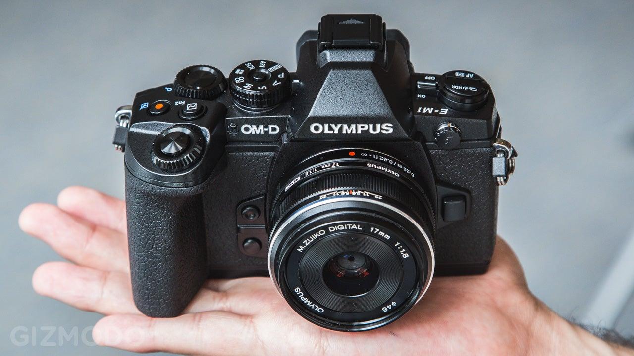 olympus om d e m1 hands on so hot you won t believe it s mirrorless rh gizmodo com New Olympus DSLR Olympus OM-D