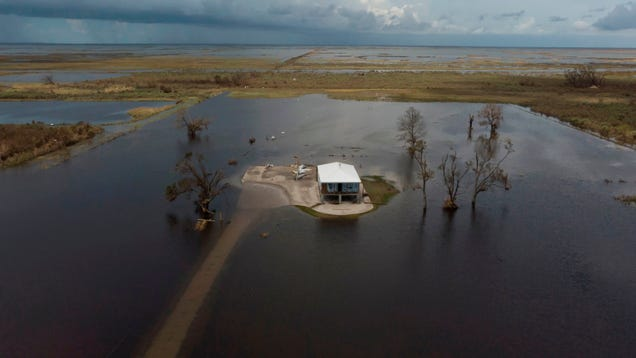 FEMA Wants to Cut Disaster Aid at the Worst Possible Time