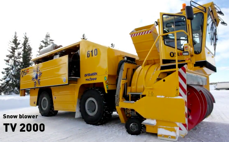 Illustration for article titled We Probably Could Have Used This World's Biggest Snow Blower During the Blizzard