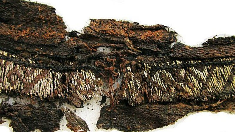 Experts Cast Doubt On Viking Textile With  Allah  Inscription 564a0fdd5