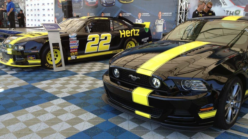 Illustration for article titled Hertz Brings Back Its Fast Mustang, But Do NOT Take It Racing