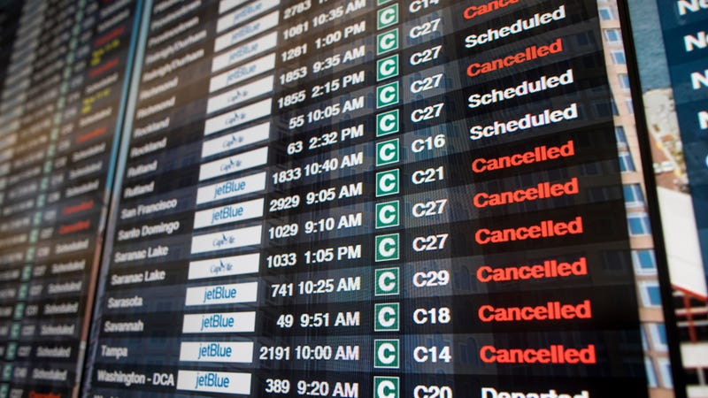Illustration for article titled Airlines Are Waiving Cancellation Fees Ahead of the Northeast's Big Storm Tomorrow