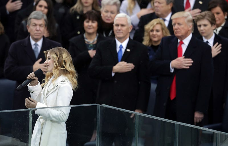 Jackie Evancho performs the national anthem as Vice President Mike Pence and President Donald Trump watch on Jan. 20, 2017, in Washington, D.C. (Chip Somodevilla/Getty Images)