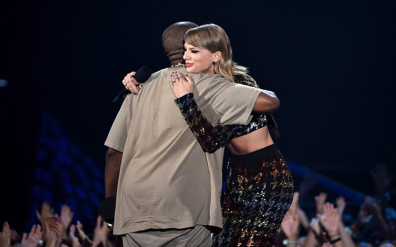 Illustration for article titled Kanye Revives Your 2009 VMA Fan Fiction With a Single Verse About Taylor Swift