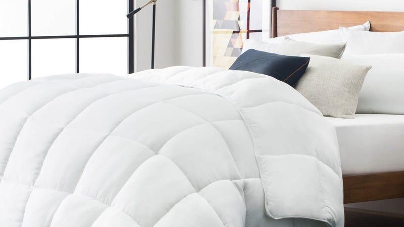 LUCID Down Alternative Comforter | $22-$37 | Amazon