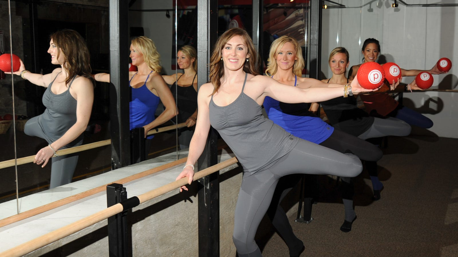 what to expect your first time at barre class. Black Bedroom Furniture Sets. Home Design Ideas