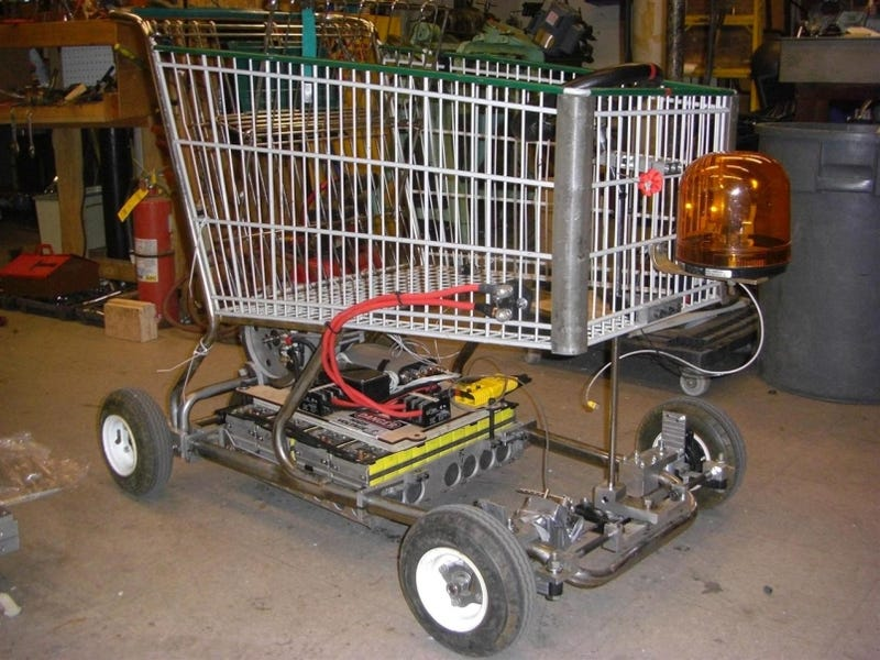 Illustration for article titled Electric Shopping Go-Kart Makes For Speedy, Stealthy Grocery-Getting