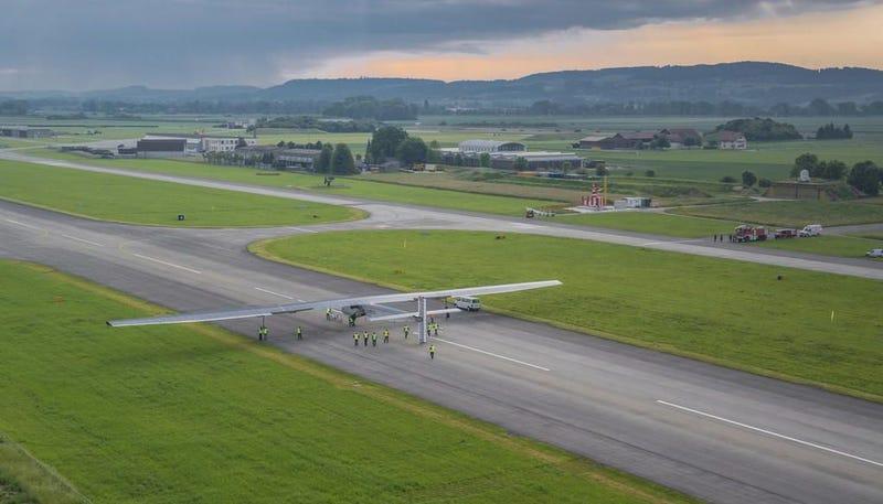 Illustration for article titled El Solar Impulse emprende su vuelo más largo: 6 días sobre el Pacífico