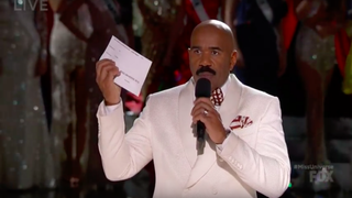 Steve Harvey showing the cue card he misread during the Miss Universe pageant Dec. 20, 2015, with the correct winner of the pageant written on it.YouTube/FOX Screenshot