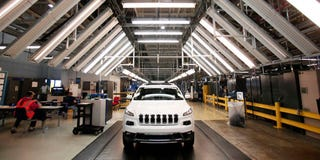 Illustration for article titled Chrysler Recalls 1.4 Million Cars Because Hackers Can Hijack Them