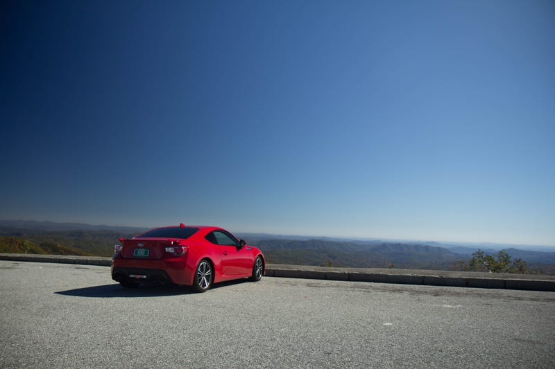 Illustration for article titled A tail of two knuckle heads or geniuses | A 1300 mile drive in a BRZ | Skyline dr, Blue Ridge, Tail of the Dragon.  Part 2