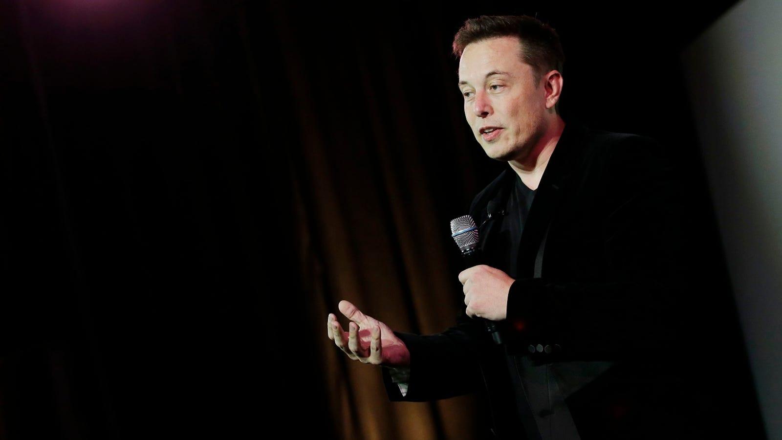 """Elon Musk dice que la IA es un riesgo para la humanidad y pide regularla """"antes de que sea demasiado tarde"""""""