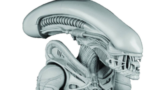 "Illustration for article titled NECA Is Turning The ""Big Chap"" Alien Into An Amazing, Gigantic Figure"