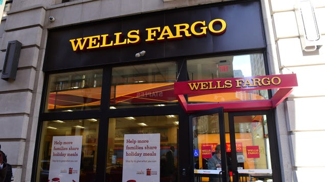 Here s Why Wells Fargo Customers Couldn t Get Their Cash