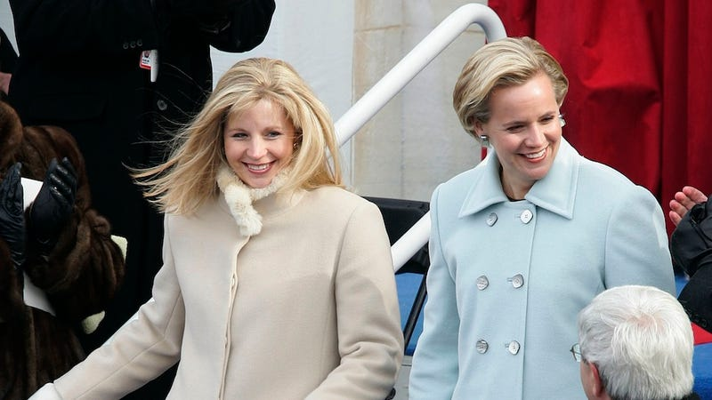 Illustration for article titled Liz Cheney's Sisterly Homophobia Ruins the Cheney Family Thanksgiving