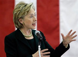 Illustration for article titled Unlike Drudge, We Think Hillary Looks Hot On The Campaign Trail
