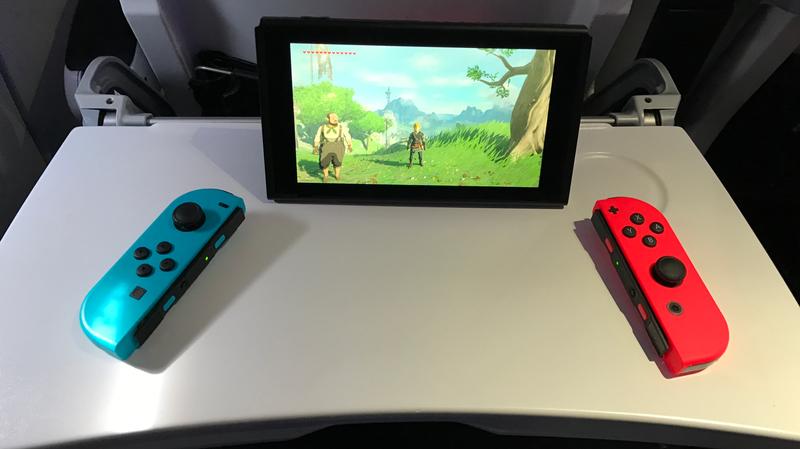 Nintendo Switch + elección de Labo + mando con cable | $340 | WalmartNintendo Switch + Mario Rabbids Kingdom Battle | $300 | WalmartNintendo Switch Mario pack de Tennis Aces + soportes de Joy-Con de raquetas + mando con cable | $360 | WalmartNintendo Switch + dos mandos con cables | $300 | WalmartFoto: Kotaku