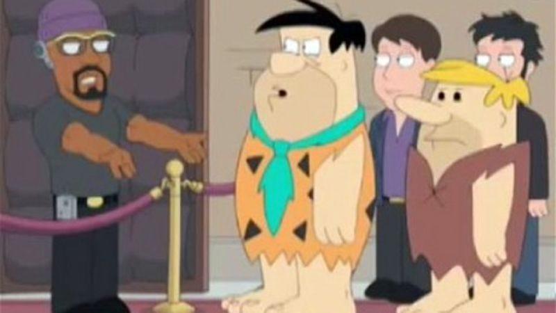 "Illustration for article titled Seth MacFarlane's Flintstones reboot will have ""mid-'90s Simpsons edge,"" zero abortion jokes"
