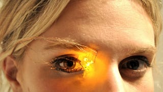 Illustration for article titled Digital Eyeshadow Eliminates The Need For Those Pesky Brushes