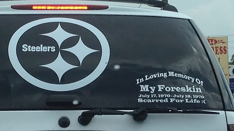 Illustration for article titled This Steelers Fan Has A Memorial Sticker On His Car's Rear Window Dedicated To His Foreskin