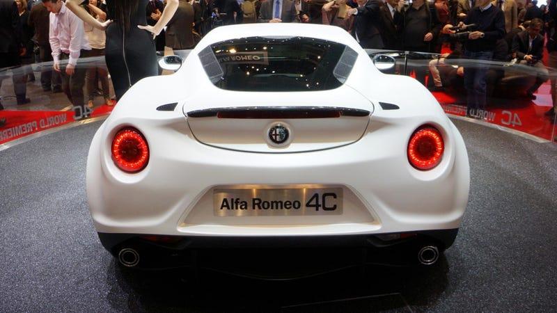 Illustration for article titled Alfa Romeo 4C:  2,100 Pounds Of Italian Lust