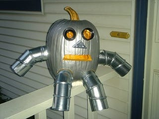 Illustration for article titled 10 Robot Halloween Pumpkins Provide Artistic Inspiration