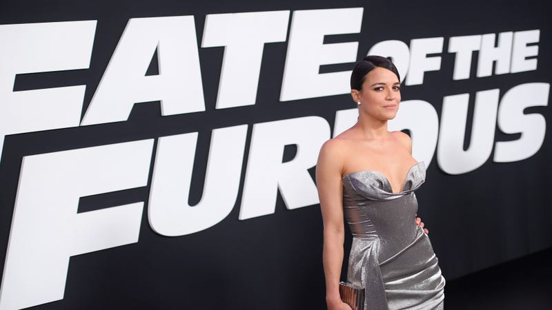 Illustration for article titled It sure looks like theFast And Furiousfranchise is gearing up for a female-focused spin-off