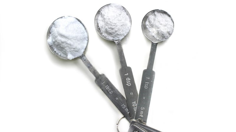difference between baking soda and baking powder?