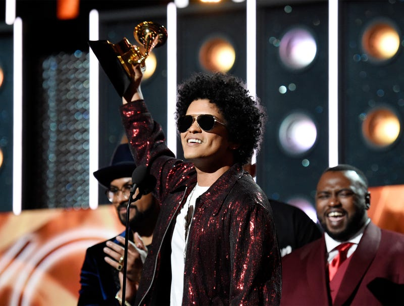 Illustration for article titled Bruno Mars Takes Home Coveted 'Least Threatening Artist' Award At 2018 Grammys
