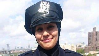 New York City Police Officer Aml Elsokary wearing her hijab while on dutyTwitter screenshot