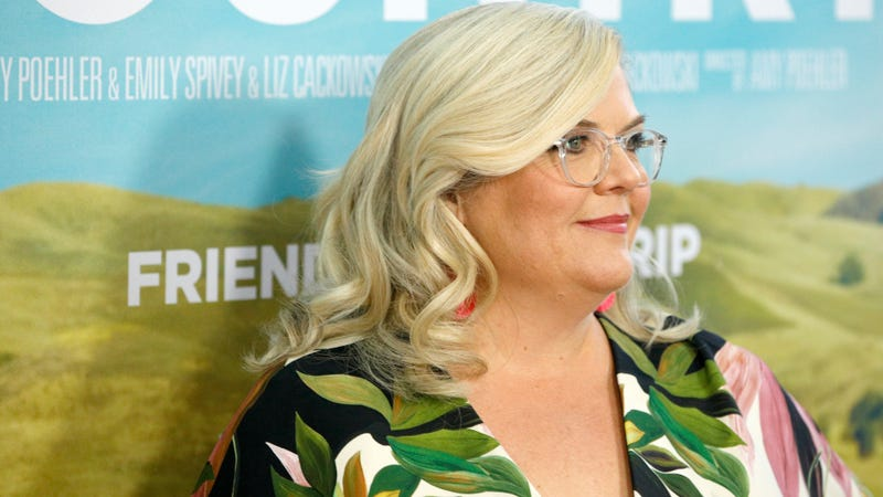 Illustration for article titled Quibi will stream a comedic crime procedural starring Paula Pell, thank goodness