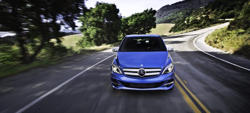 Illustration for article titled The Tesla-Powered Mercedes B-Class Is Coming To The U.S. Before Europe