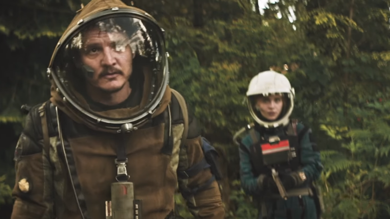 Pedro Pascal and Sophie Thatcher don their most retro space suits in our latest look at Prospect.